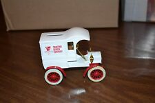 ERTL Replica FORD 1905 FORDS First Delivery Car  TRACTOR SUPPLY COMPANY TSC