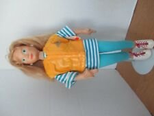 MATTEL HOT LOCKS CHELSEA DOLL and Stand