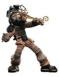 Weta Mini Epics Alien Facehugger Figure