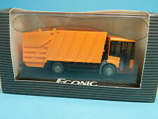 WIKING MERCEDES BENZ ECONIC MÜLL LKW 1:87