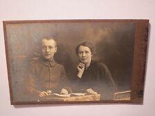 Elberfeld - Soldat und Frau sitzen am Tisch / CDV