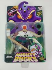 Mighty Ducks Vintage Spinshot Nosedive 1996 Mattel Hockey Action Figure 1996 NEW