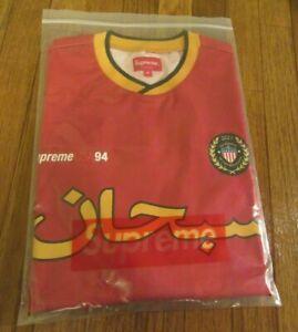 Supreme Arabic Logo Soccer Jersey Size Medium Red SS21 Supreme New York 2021 DS