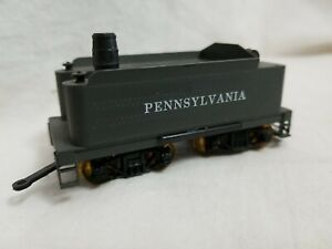 ROUNDHOUSE HO SCALE PENNSYLVANIA 4-AXLE COAL TENDER, TURN of the CENTURY