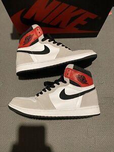 Nike Air Jordan 1 Retro High OG Light Smoke Grey Size 9.5 555088-126