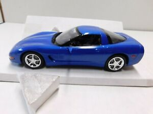 2003 CORVETTE COUPE  PROMO MODEL IN BLUE   MIB