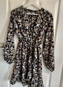 Shein Black Floral Fit & Flare Day Dress Small 8 10