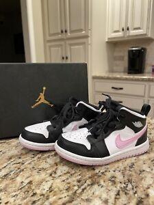pink black Jordan 1s little girl size 9