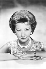 Irene Ryan As Daisy Moses In The Beverly Hillbillies 11x17 Mini Poster