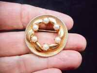 Vintage Antique 1960's CIRCLE Faux Pearl w/Leaf Brooch/Pin