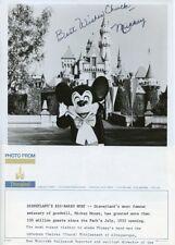 MICKEY MOUSE GENUINE AUTOGRAPH DISNEYLAND PARK 1980 DISNEYLAND PRESS PHOTO