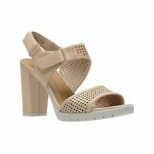 50a3357348c6 Ladies Clarks Buckle Strap Sandals Amali JEWEL Fuchsia 4 UK D