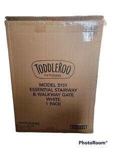 "ToddleRoo North States 25""-40""W Essential Stairway Walkway Gate Metal White 5151"