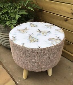 """COUNTRY FOOTSTOOL!VOYAGE""""HURTLING HARES """"WITH COORDINATING PINK SHIMMER MIX"""