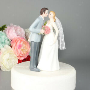 Romantic resin groom and bride couple figurine cake stand topper