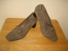 New Geox Respira Ladies Size 39 Taupe Suede Med Heels Comfort Moccasins Shoes