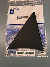 New Genuine GM 25857294 Passenger Door Inside Black Triangle Cover Silverado Sie
