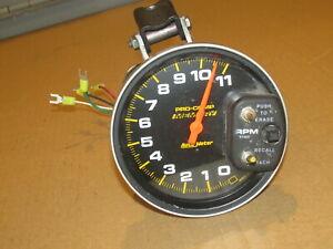 "AutoMeter Auto Meter Pro-Comp Memory Tachometer 6811  RPM Gauge 5"" face 0-11"