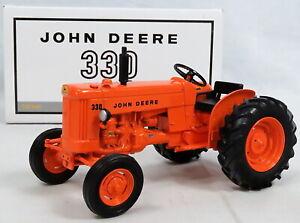 Ertl John Deere Die Cast Model 330 Utility Tractor 1:16 Rare Orange 2005 #16132A