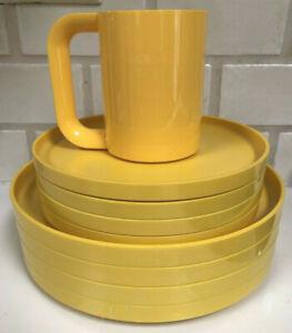 HELLER~Massimo Vignelli~Yellow~4 Dinner Plates/4 Salad Plates~NICE!