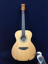 Klema K200JC Acoustic Guitar Gig Bag 3 Picks