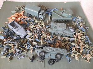 Vintage Airfix, Matchbox etc 1/32 plastic toy soldiers & vehicles, large lot WW2