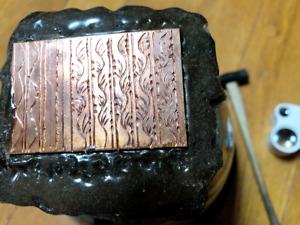 engraving Japanese carving