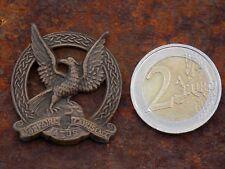 Irish Army Air Corps collar badge (one) bronze