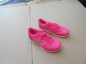 WOMENS NIKE FLEX 2015 TRAINERS - UK SZ 6 - IN GOOD CONDITION