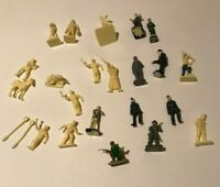 SOLDIERS MILITARY PEOPLE FIGURES  FOR RAILWAY TRACK LAYOUT MOST UNPAINTED