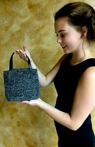 CLASSIC Kate Spade New York Gray nubby raw charcoal Wool WRISTLET BAGUETTE ITALY