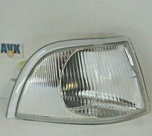 Blinker mit Lampenträger rechts Neuteil Volvo S40 V40  Stufenheck Kombi 98-00