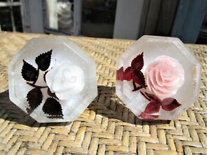2 Vintage Mid-Century Modern Lucite With Roses Door Knobs Pair