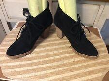 Gap Women's Black Suede lace up Ankle Boots Size 38-US Sz-7M, EUC