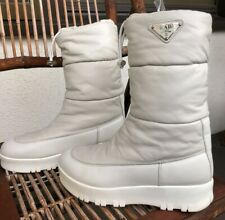 Cream PRADA toggled snow style quilted leather boots 3w/38- fits like 39