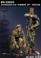 """Bravo*6 1/35 B6-35020 Australian SAS """"Saddlin' Up"""" (Vietnam War) - 2 Figures"""