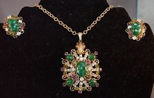 MARVELOUS Signed Alice Caviness Layered Jade Green Stone Necklace/Earrings  #95