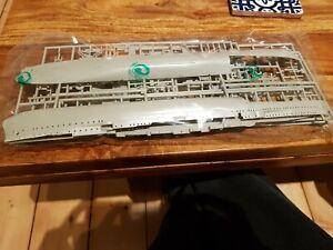 Revell Model Kit Dresden Class Light Cruiser