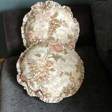 2 Vintage Floral Round Cushions Pleated Edge 36 x 36cm Cottage Style