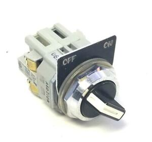 IDEC ASD210N 2 Position Selector Switch W BST-010 NO Contact Block(12 Available)