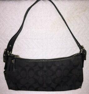Coach E05M-8K01 East West Demi Black Signature Jacquard Small Baguette Handbag