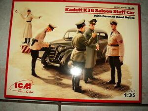 MAQUETTE 1/35 ICM Voiture EM KADETT K38 Saloon et Policiers