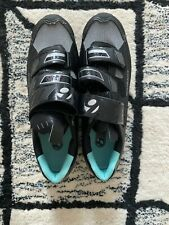 Bontrager Igneo Women's Mountain Bike Shoes with Pedal Clips US size 6.5/7.5