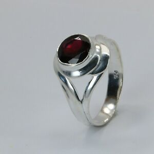 Size 9 Round Red GARNET Ring 925 STERLING SILVER #29