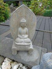 bouddha , statue d un bouddha en pierre bleu taillé dans la masse !