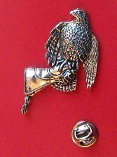 English Pewter HAWK on glove, bird Pin Badge Tie Pin / Lapel Badge (XTSBPB31)