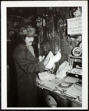 THE BEATLES POSTER PAGE . 1977 GEORGE HARRISON IN AMSTERDAM HOLLAND . 78D