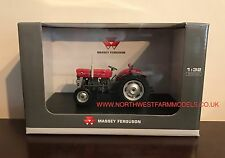UNIVERSAL HOBBIES MASSEY FERGUSON 135 1/32 SCALE CLASSIC TRACTOR 2785