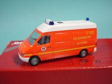 Herpa 1:87  043335 MB Sprinter Feuerwehr Rettung Hamburg /TOP+OVP