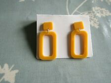 New mod / 60s earrings